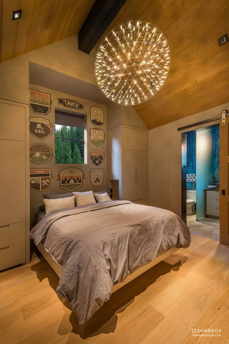 transitional-mountain-home-bedroom