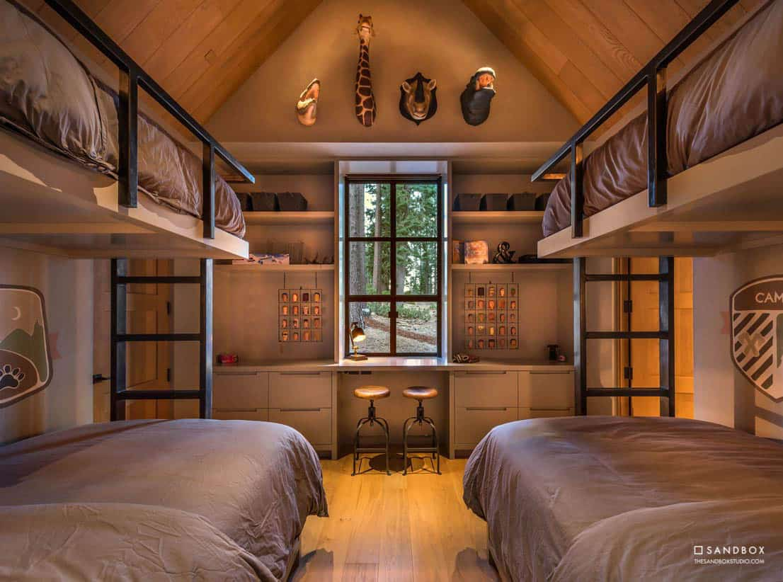 transitional-mountain-home-bunk-bedroom