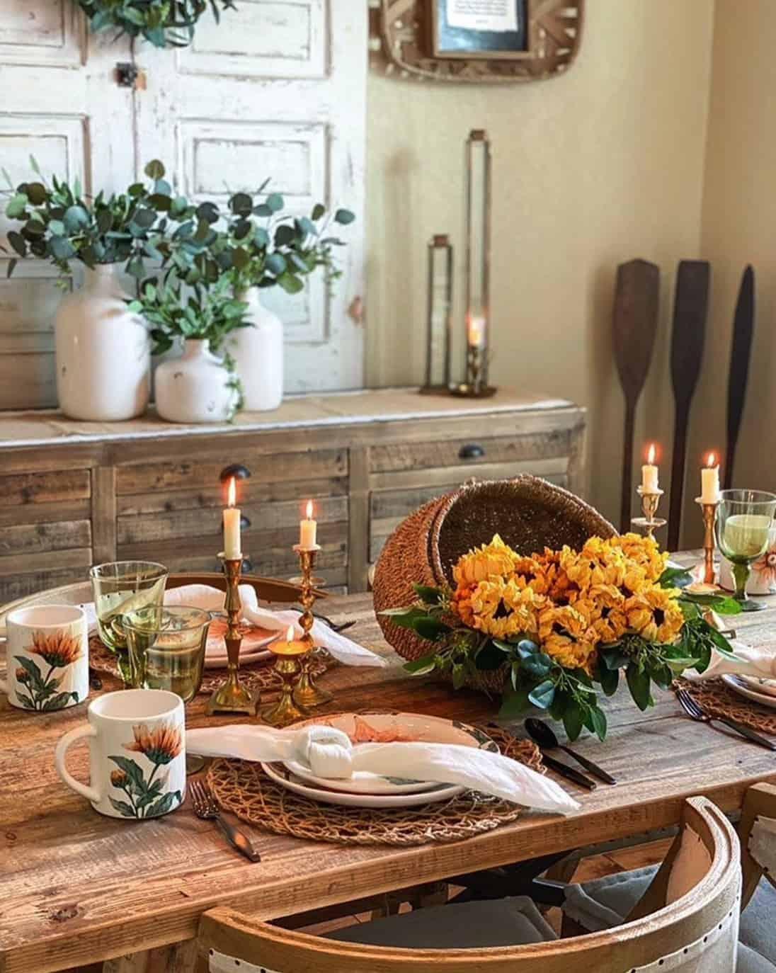 pretty-fall-tablescape-idea