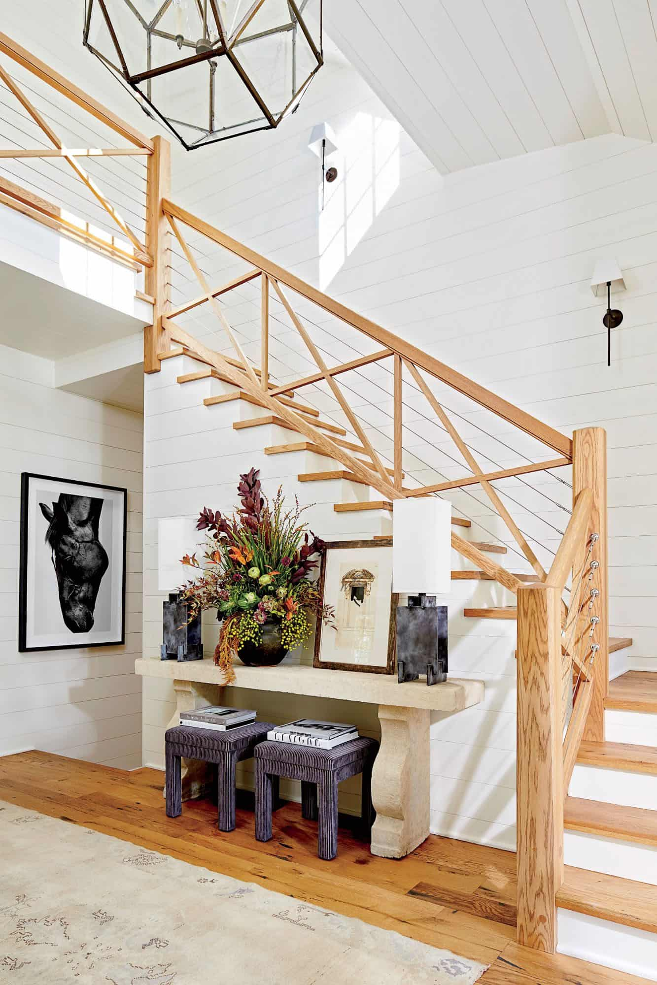 cottage-style-family-home-entry