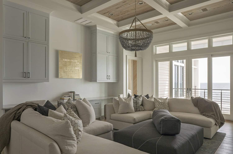 contemporary-beach-house-getaway-family-room