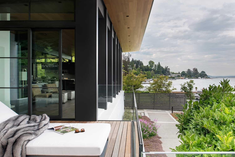 contemporary-lake-house-patio