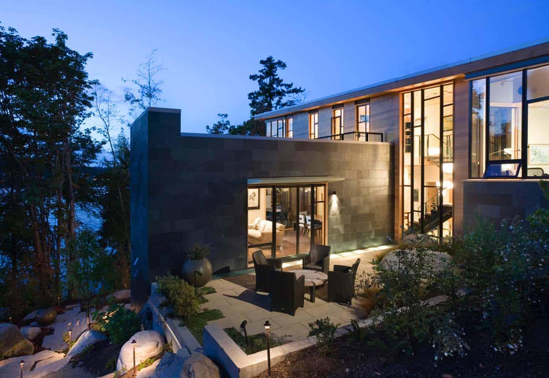 contemporary-home-exterior-dusk-lake-washington