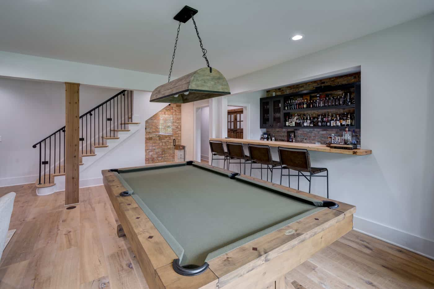 contemporary-ranch-style-basement-family-room