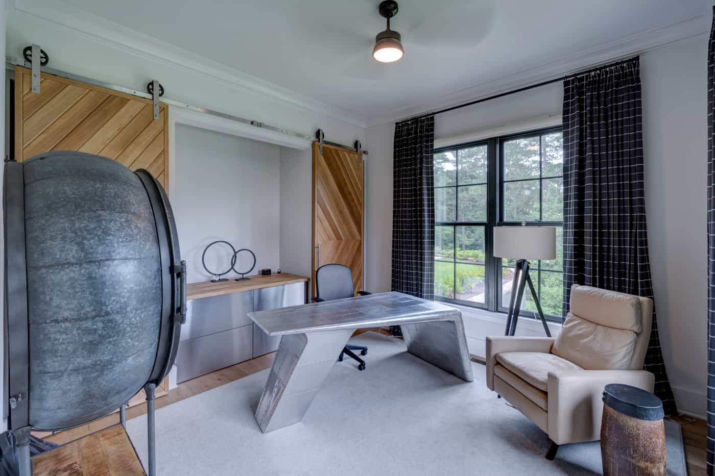 contemporary-ranch-style-home-office