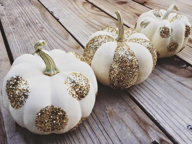 white-faux-pumpkin-with-glitter