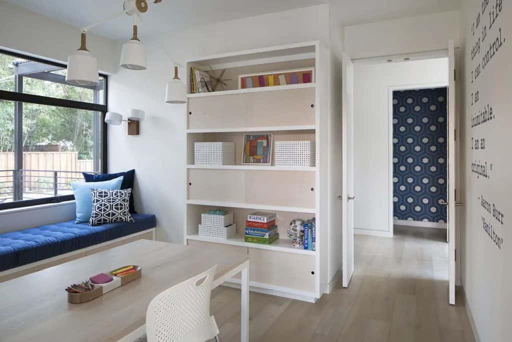 modern-girls-office-space