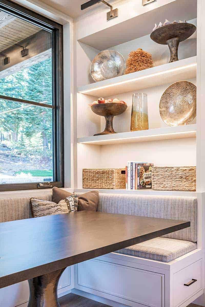 mountain-contemporary-kitchen-breakfast-nook