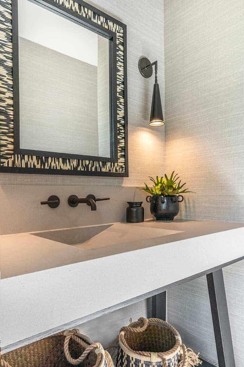 mountain-contemporary-bathroom