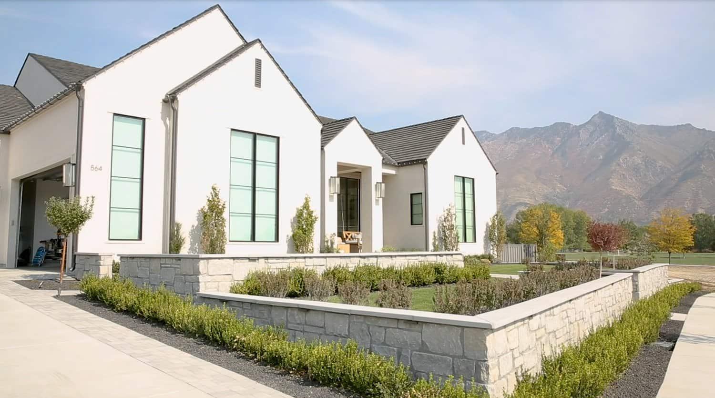 rambler-style-house-exterior