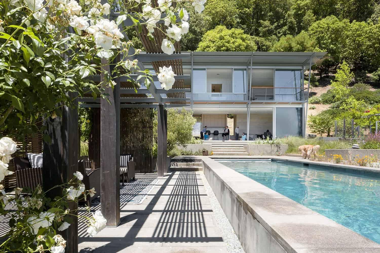 modern-swimming-pool