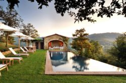 Stone villa boasts unforgettable views of the Italian countryside