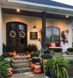 20+ Dreamy Ideas For Decorating Your Front Porch For Fall
