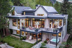 contemporary-mountain-home-exterior